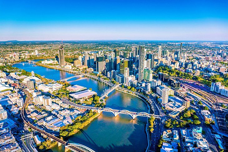 THINGS YOU CAN'T-MISS IN QUEENSLAND