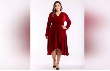 Plus-Size Dresses for Winter Parties